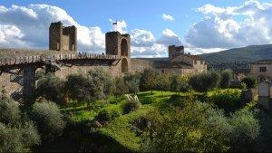 Le mura medievali di Monteriggioni