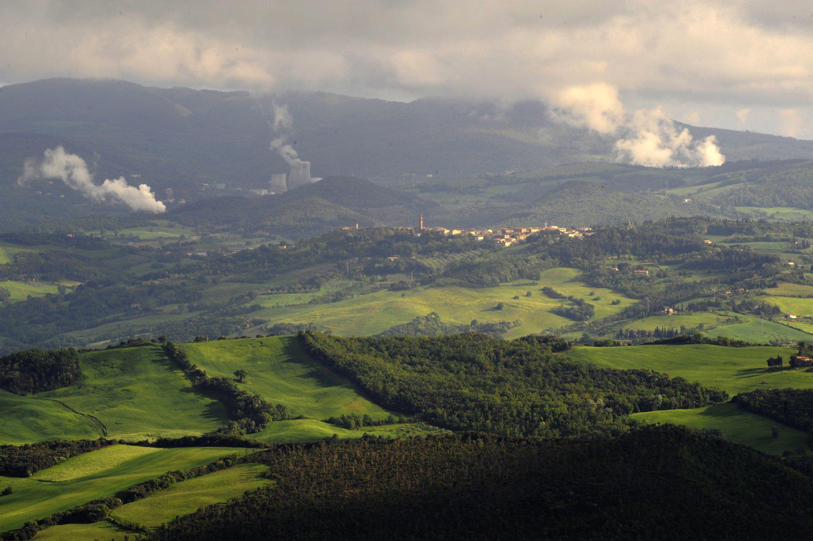pomarance-e-l-area-geotermica