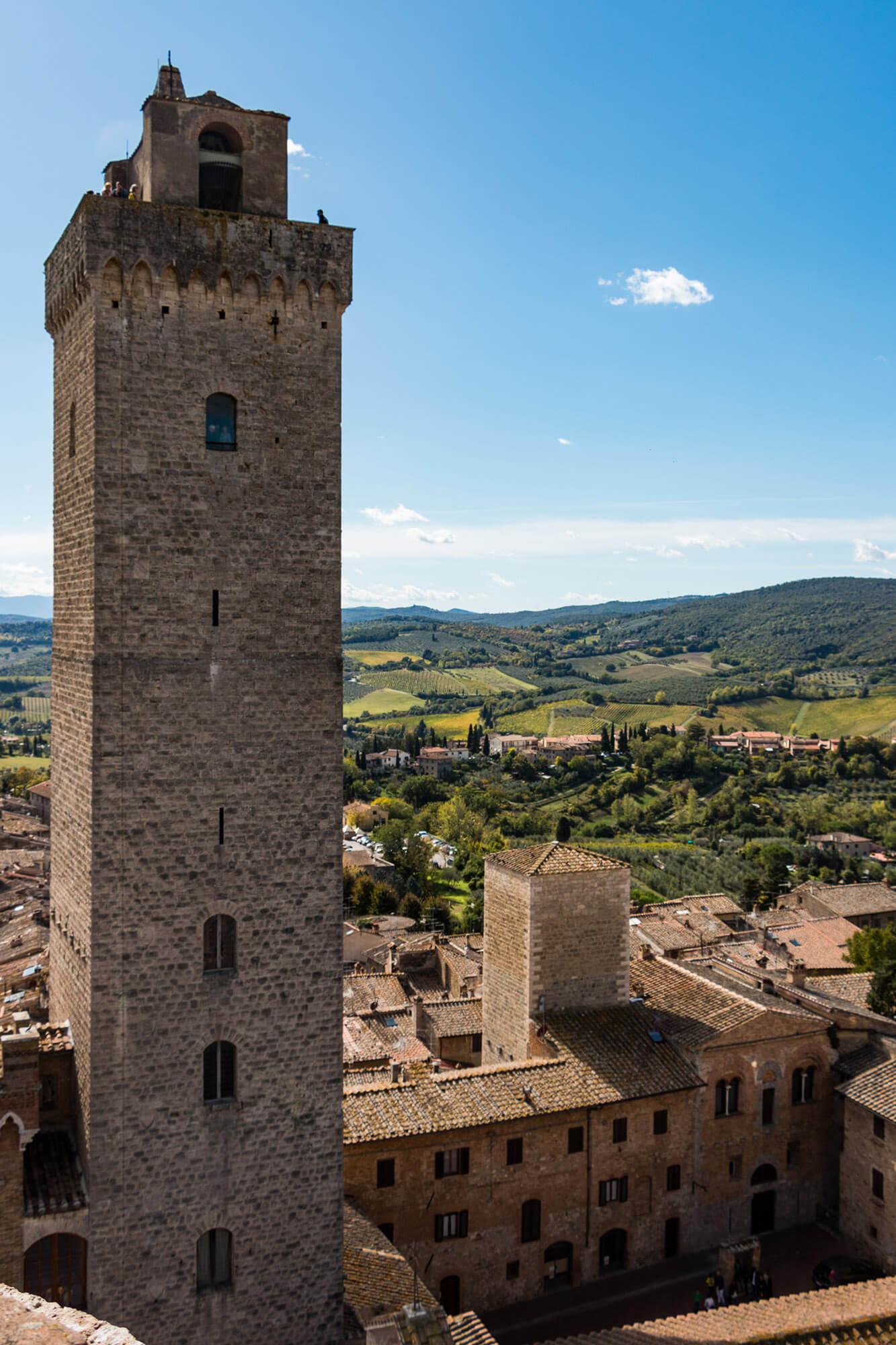 Veduta di Torre Grossa, la torre medievale più alta di San Gimignano