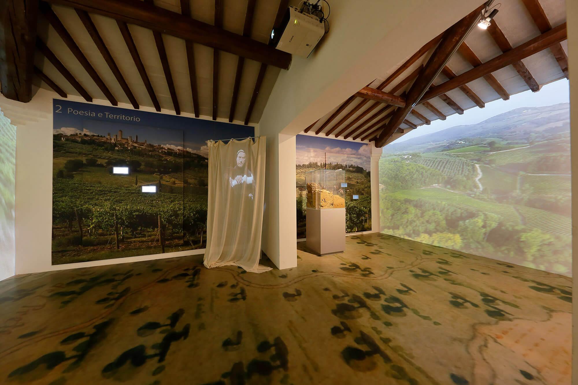 Sala multimediale del muoseo della Vernaccia Wine Experience a San Gimignano