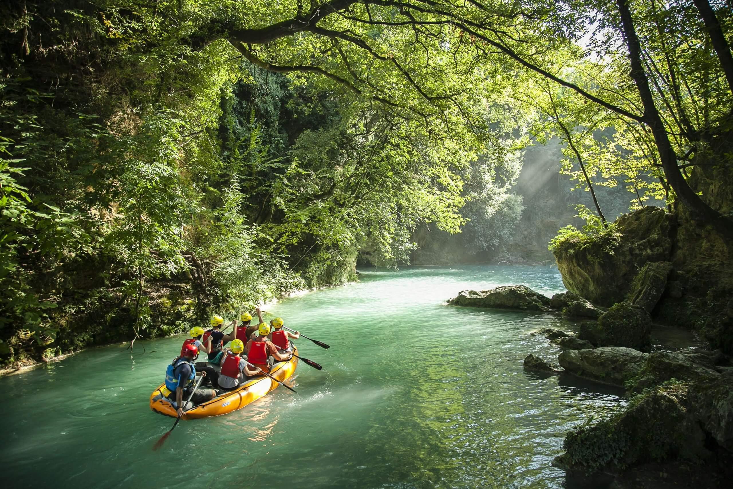 Rafting lungo le acque del fiume Elsa nel Parco fluviale di Colle Val d'Elsa